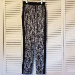 Vince Camuto drawstring pants with pockets